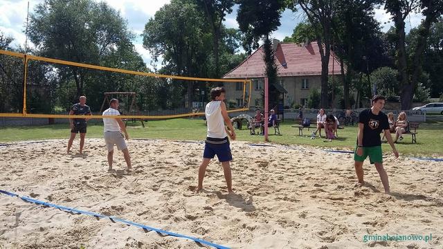 III Turniej Siatkówki Plażowej w Trzeboszu
