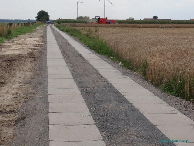Powstała droga śladowa łącząca Wydartowo Pierwsze z drogą powiatową do Sowin