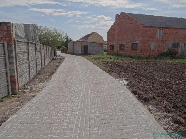 Przebudowa drogi w Bojanowie ul. Kasztanowa dz. nr 532 i Gołaszynie dz. nr 636