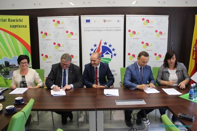 Umowa na unijne dofinansowanie przebudowy drogi Zaborowice-Trzebosz podpisana